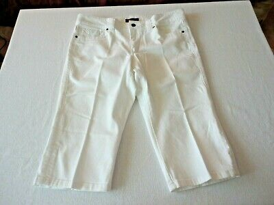 Lee ( Lower on Waist ) One True Fit White Capris.Sz.13/14P. REDUCED