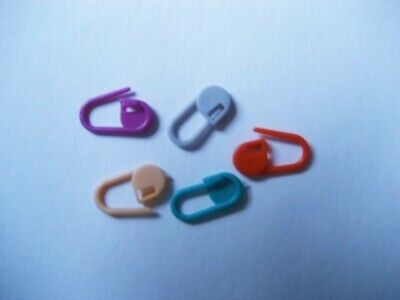 CRAFT-KNITTING/CROCHET 12 x Assorted Plastic Locking Stitch Markers