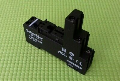 Schneider Electric RSZE1S35M Relay Socket 12A 250V