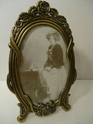 Vintage Style Ornate Heavy Metal Photo Frame-Oval Shape-Easel Stand-Glass