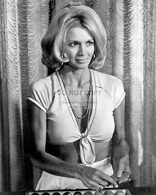 """Angie Dickinson In """"police Woman"""" Pepper Anderson - 8X10 Publicity Photo (Ww223)"""
