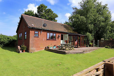 SEVEN night stay from 27th September at Dog friendly Norfolk holiday cottage