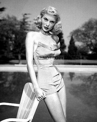 Actress Janet Leigh Pin Up - 8X10 Publicity Photo (Ww255)