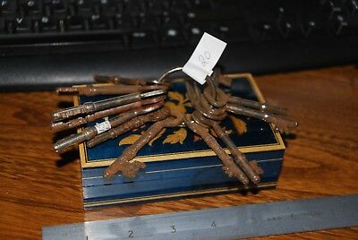 Vintage  Keys   Metal / Iron - Bunch Of Key- Various Size 3 Inch Max?