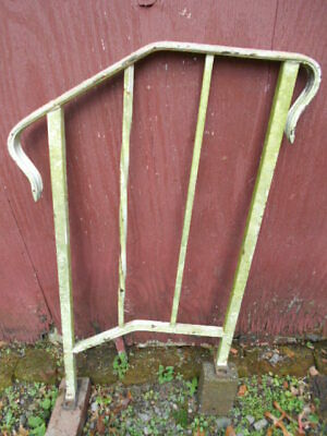 Vintage Antique Single 3 Step Section Wrought Iron Railing/PICKUP ONLY!
