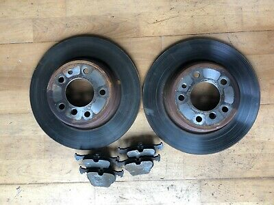 BMW E38 7 Series Rear Brake Discs and Pads