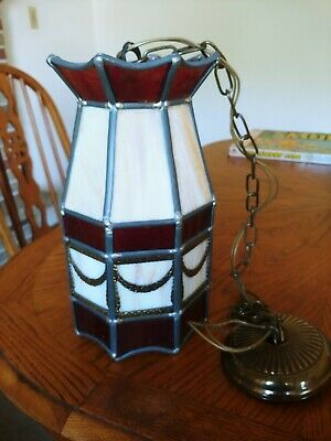VINTAGE Mid-Century LEADED Slag STAINED Glass ANTIQUE Lamp - Fast SHIPPING