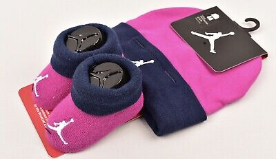 NIKE JORDAN Baby Girls' 2pc Set, Hat & Booties, size 0-6 months, Fuchsia
