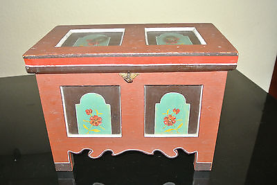 Old Small Bauer / Deckeltruhe with Castle / Chest with Painting - 1942 (2)