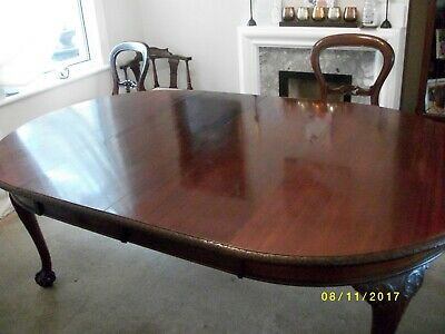 Victorian Dinning Table Mahogany With Extension Plus 4 Balloon Back Chairs