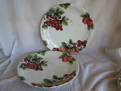 EXC ROYAL DOULTON JAPAN  VINTAGE GRAPE DINNER PLATE s