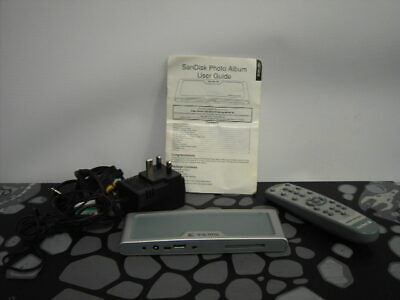 Sandisk Digital Photo Album with Remote Control and Adapter