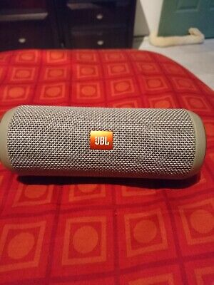 "JBL Flip 3 Bluetooth Portable Speaker ""USED"" needs a new battery"