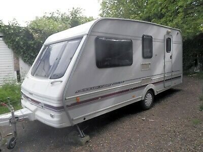 Swift Challenger 440/4 Se, 4 Berth Lightweight Caravan 1998