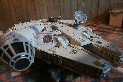 Star Wars 1995 Power of the Force Millennium Falcon - Complete - Kenner