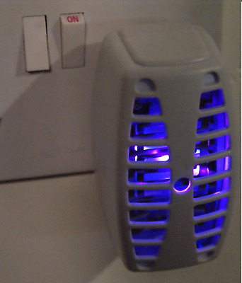 Digiteck R1 PLUG IN FLY KILLER & NIGHT LIGHT SUPER LED INSECT, BUG, MOSQUITO, UK