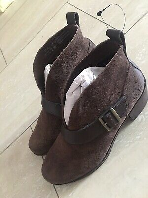 Dark Brown Ugg Shoe Boots Size 5