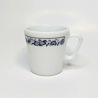 Vintage Pyrex Milk Glass Old Town Blue Onion 1410 Coffee Cups Mugs 300ml
