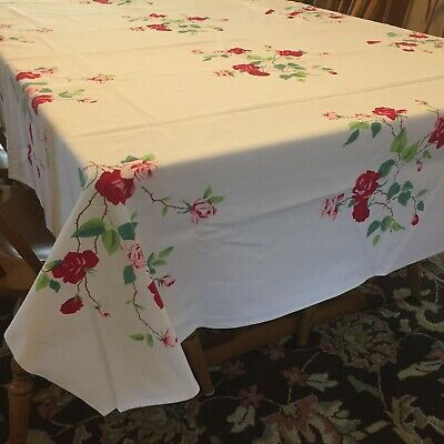 """Vintage Wilendur Red Roses Floral Pattern 65"""" x 53"""" Cotton Tablecloth"""