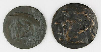 Two medals Eric Claus: Frank Lloyd Wright, 1963