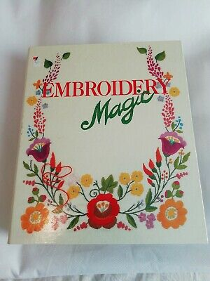 Fabbri Embroidery Collection 40 reusable patterns in 2 folders unused see pics