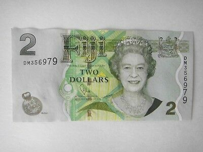 FIJI  $2 Dollar Paper Banknote Circulated  Queen Portrait  EF Condition