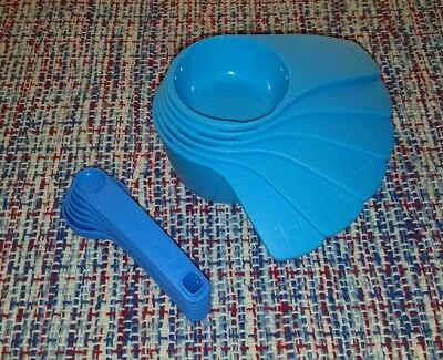 Tupperware Measuring Cups and Spoons Embossed Measurements Blues New