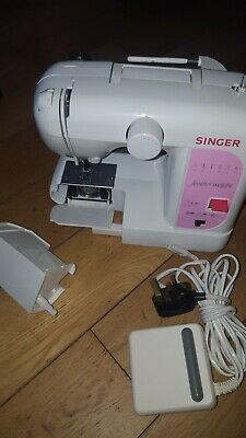 Singer Feather Weight Sewing Machine With Original Box & Instructions