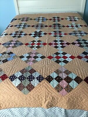 ANTIQUE VINTAGE Handmade Quilt - 16 Patch On Point Diamond Squares - very good.
