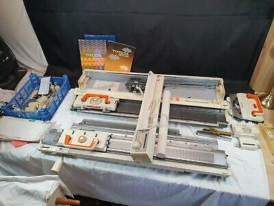 Toyota KS 901 Knitting Machine KR501 Ribber Lace Carriage Tracer & Many Parts