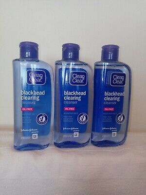 Clean & Clear Blackhead Clearing Cleanser Pack of 3 x 200ml