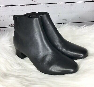 CLARKS WOMENS CHARTLI Lilac Black Leather Ankle Boots Booties Size 9.5M