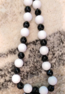 """Black Onyx & White Jade Necklace 16"""" Faceted Beads w/ 14kt Gold Filled Clasp"""