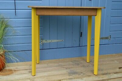 Vintage - Kitchen Dining Table - Formica - Dressing Table - Writing Desk - Retro