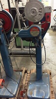 Ideal Industrial Arm Box Stitcher Model IS-1244 Good Condition