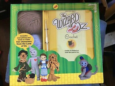 THE WIZARD OF OZ Crochet Kit 12 Characters NEW SEALED Kristen Rask