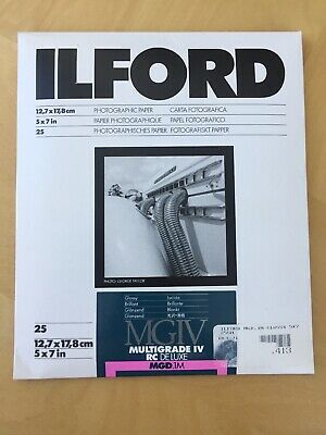 "Ilford Multigrade IV RC DeLuxe Paper (Glossy, 5 x 7"", 25 Sheets)"