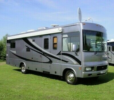 RV Motorhome SELF Drive Hire, Luxury camping, Motorhome Hire, Festival Camping