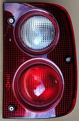 Land Rover Freelander 1 1997-03 O/S right rear light / lamp with bulbs + holders