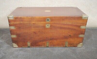 19th CENTURY CHINESE EXPORT CAMPHOR WOOD AND BRASS BOUND TRUNK