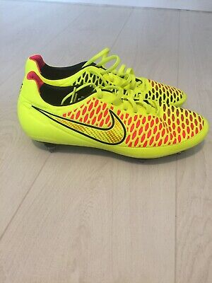 19e4b3c90 ... Leather Jr Nike Tiempo Legend VII Fg Football Boots UK Size 4 RRP £50.  £14.99 0 Bids 5d 4h. See Details. Nike Magista Kanga Lite Neon Yellow UK 9.5