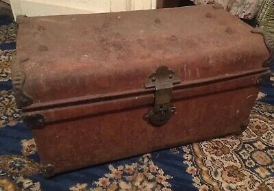 Collectable, Victorian Tin Travel Trunk/Steamer Chest. Perfect For Refurbishment