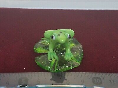 Vintage Hand Blown Glass Murano Art Frog Sitting On A Lilly Pad Figurine Green