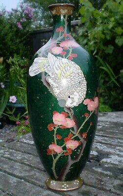 ANTIQUE JAPANESE CLOISONNE VASE DECORATED WITH A COCKATOO 19th C Meiji