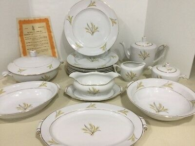 Vintage Royal Hostess BOUNTIFUL 5067 - 8 Dinner Plates & Specialty Pieces - Rare