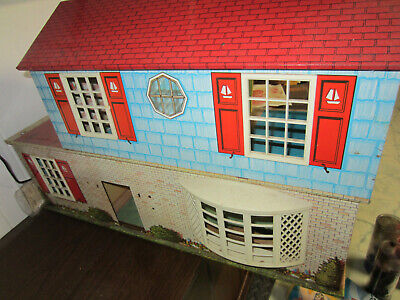VINTAGE 1970's METAL TOY DOLL HOUSE - Good condition! No Shipping!!