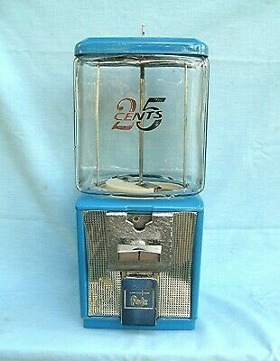 Northwestern   Glass Globe 25 cent candy or Peanut Vending  machine with key
