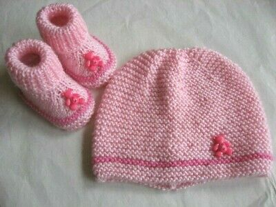 Hand knitted baby booties and beanie set to fit 0-3 months (5 colours)