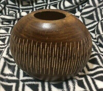 Lovely Modern tactile wooden vase circular design approx 5 ins tall