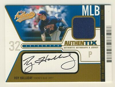 2004 Fleer Authentix Roy Halladay Auto Signed Jersey Card Blue Jays 48/50  HOF